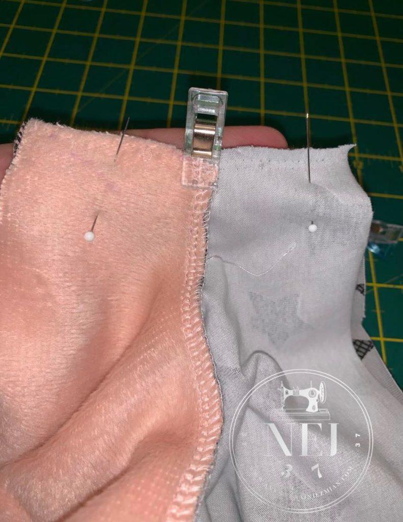 Bluza z reglanowym rękawem .Do dzieła